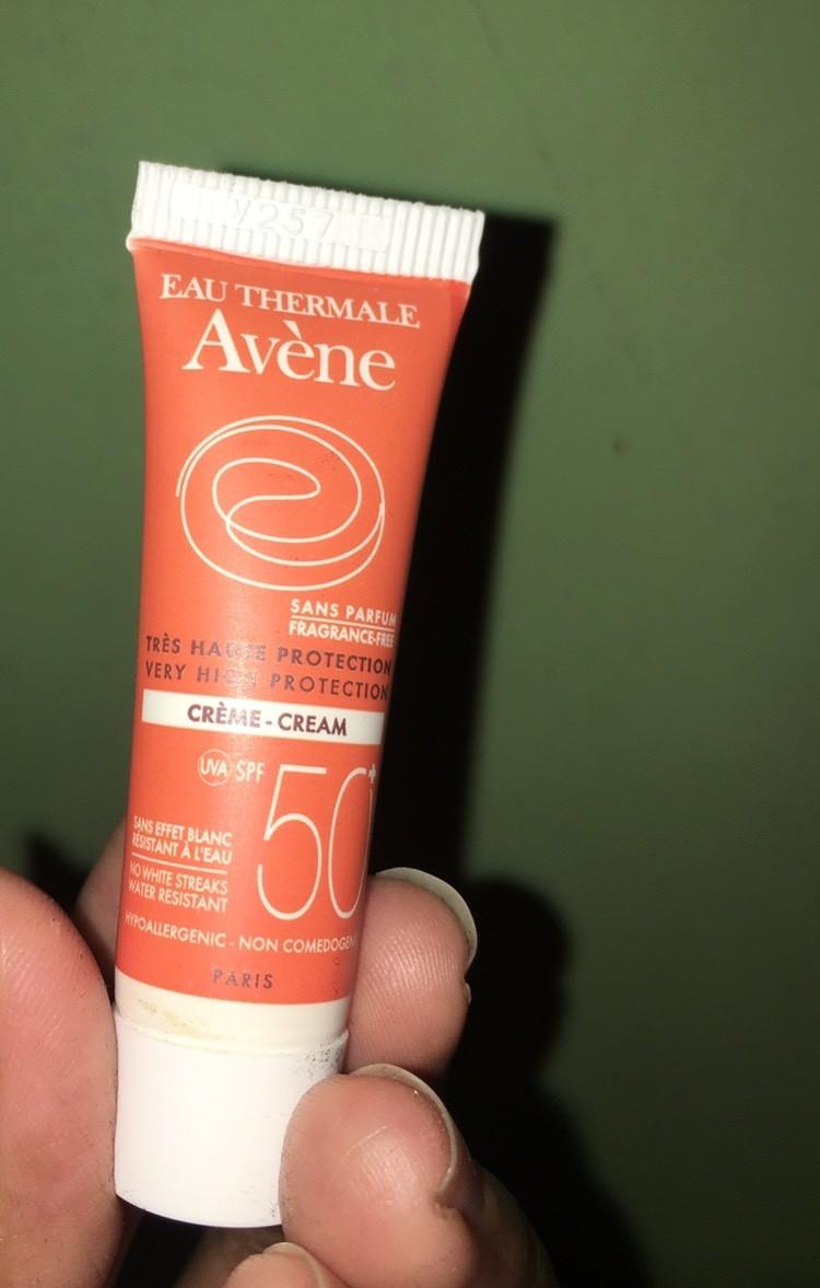 Avene Cream SPF 50 + 50ml